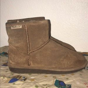 Bear paw Boots Size 8